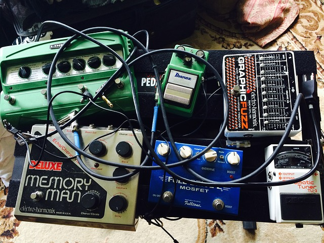 Why Buying Pedalboard Case Is a Good Idea than Making One on Your Own