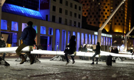 A PLAYGROUND OF LIGHT GAMES IN THE QUARTIER DES SPECTACLES